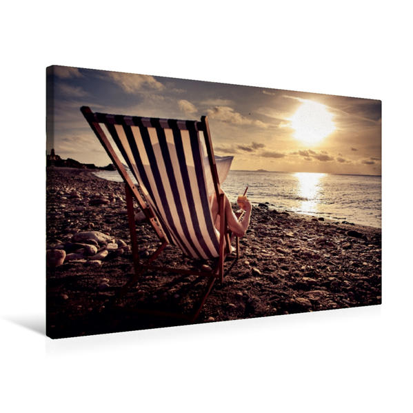 Premium Textil-Leinwand 75 cm x 50 cm quer, Frau im Liegestuhl am Strand   Wandbild, Bild auf Keilrahmen, Fertigbild auf echter Leinwand, Leinwanddruck - Coverbild