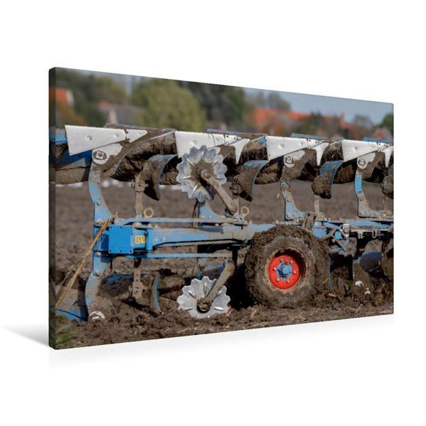Premium Textil-Leinwand 90 cm x 60 cm quer, Pflug auf dem Acker | Wandbild, Bild auf Keilrahmen, Fertigbild auf echter Leinwand, Leinwanddruck - Coverbild