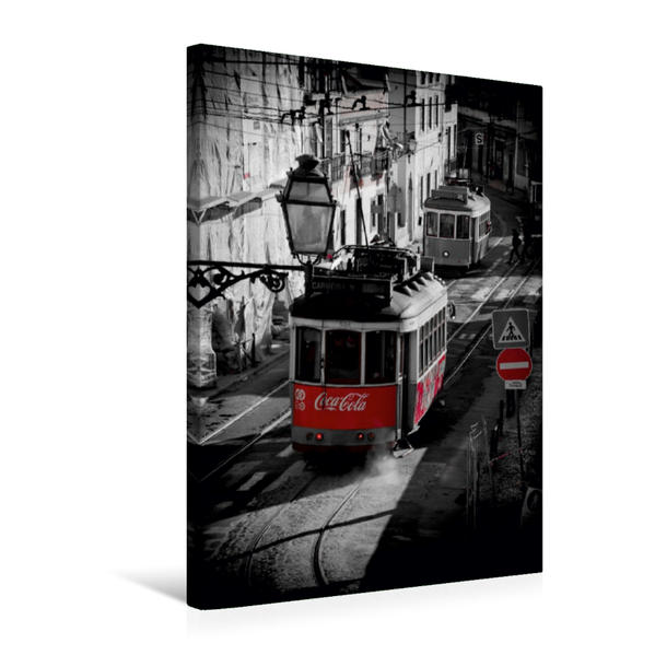 Premium Textil-Leinwand 50 cm x 75 cm hoch, Straßenbahnbegegnung in Lissabon | Wandbild, Bild auf Keilrahmen, Fertigbild auf echter Leinwand, Leinwanddruck - Coverbild
