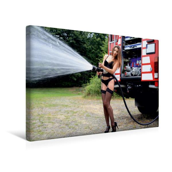 Premium Textil-Leinwand 45 cm x 30 cm quer, Ein Motiv aus dem Kalender Feuerwehrkalender II – Erotische Fotografien von Thomas Siepmann | Wandbild, Bild auf Keilrahmen, Fertigbild auf echter Leinwand, Leinwanddruck - Coverbild