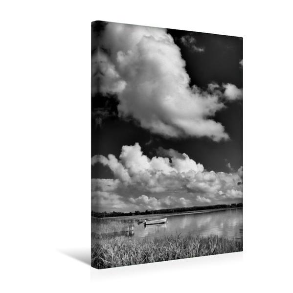 Premium Textil-Leinwand 30 cm x 45 cm hoch, Boote am Bodden | Wandbild, Bild auf Keilrahmen, Fertigbild auf echter Leinwand, Leinwanddruck - Coverbild