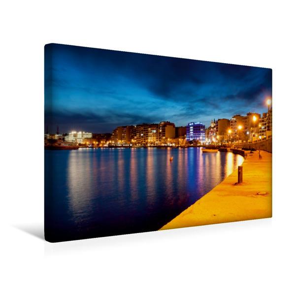Premium Textil-Leinwand 45 cm x 30 cm quer, Sliema in der Nacht | Wandbild, Bild auf Keilrahmen, Fertigbild auf echter Leinwand, Leinwanddruck - Coverbild