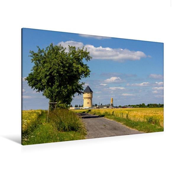 Premium Textil-Leinwand 120 cm x 80 cm quer, Wasserturm in Oschatz | Wandbild, Bild auf Keilrahmen, Fertigbild auf echter Leinwand, Leinwanddruck - Coverbild
