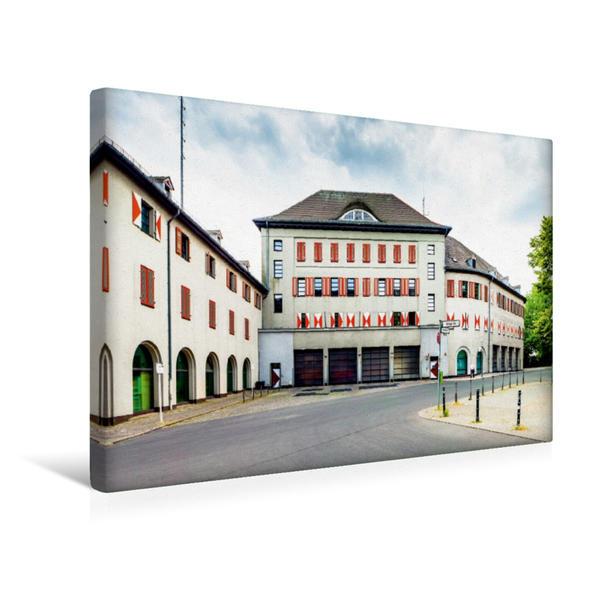 Premium Textil-Leinwand 45 cm x 30 cm quer, Feuerwache (Neukölln) | Wandbild, Bild auf Keilrahmen, Fertigbild auf echter Leinwand, Leinwanddruck - Coverbild