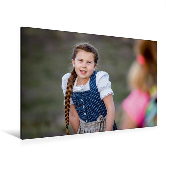 Premium Textil-Leinwand 120 cm x 80 cm quer, Larissa macht sich Sorgen im Kinder Abenteuerfilm