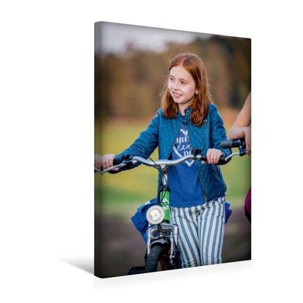 Premium Textil-Leinwand 30 cm x 45 cm hoch, Mathilda - wie immer recht entspannt im Kinder Abenteuerfilm