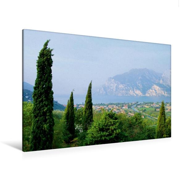 Premium Textil-Leinwand 120 cm x 80 cm quer, Blick auf den Gardasee | Wandbild, Bild auf Keilrahmen, Fertigbild auf echter Leinwand, Leinwanddruck - Coverbild