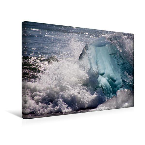 Premium Textil-Leinwand 45 cm x 30 cm quer, Ein Eisberg in der Brandung | Wandbild, Bild auf Keilrahmen, Fertigbild auf echter Leinwand, Leinwanddruck - Coverbild