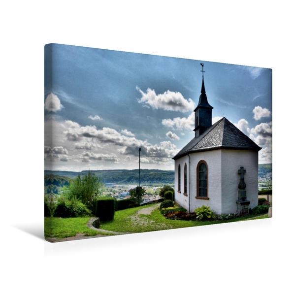 Premium Textil-Leinwand 45 cm x 30 cm quer, Merzig - Kreuzbergkapelle | Wandbild, Bild auf Keilrahmen, Fertigbild auf echter Leinwand, Leinwanddruck - Coverbild