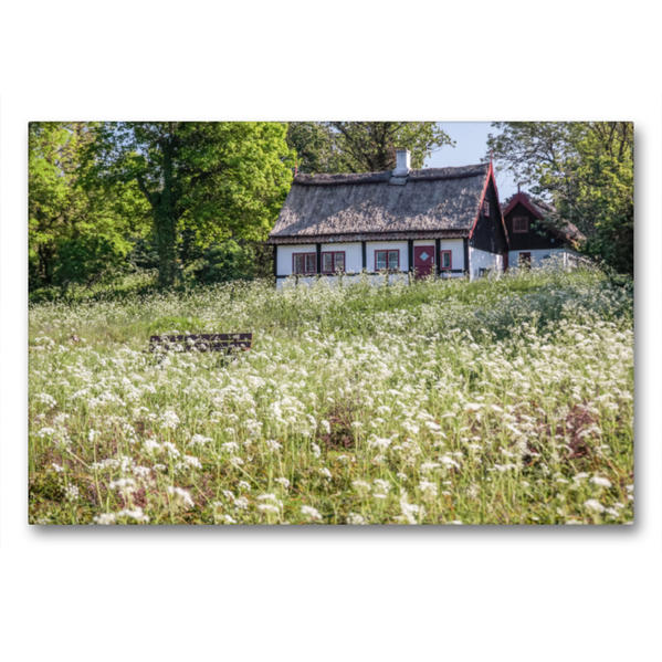 Premium Textil-Leinwand 90 cm x 60 cm quer, Sommerhaus und Frühlingswiese auf Bornholm | Wandbild, Bild auf Keilrahmen, Fertigbild auf echter Leinwand, Leinwanddruck - Coverbild