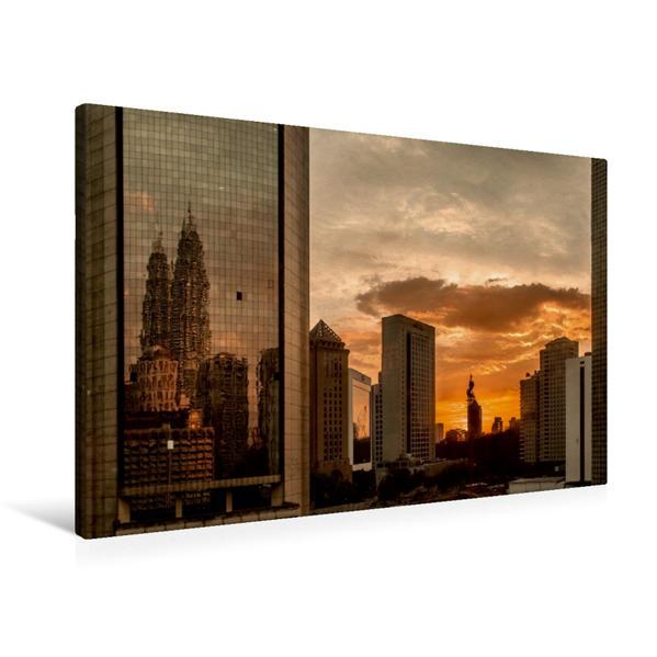 Premium Textil-Leinwand 90 cm x 60 cm quer, Stadtszene Kuala Lumpur | Wandbild, Bild auf Keilrahmen, Fertigbild auf echter Leinwand, Leinwanddruck - Coverbild