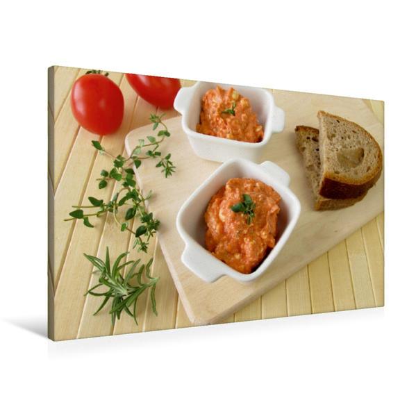 Premium Textil-Leinwand 90 cm x 60 cm quer, Feta-Aufstrich mit Tomate und Pizzakräutern | Wandbild, Bild auf Keilrahmen, Fertigbild auf echter Leinwand, Leinwanddruck - Coverbild