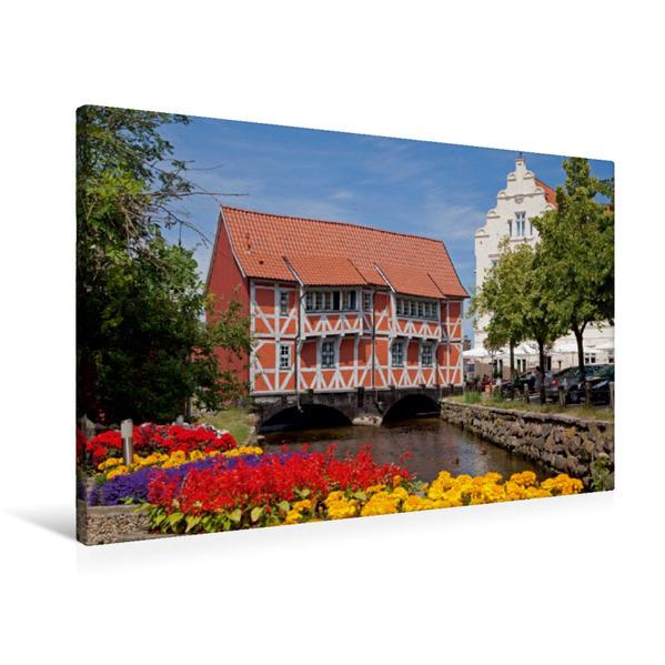Premium Textil-Leinwand 90 cm x 60 cm quer, Fachwerkhaus