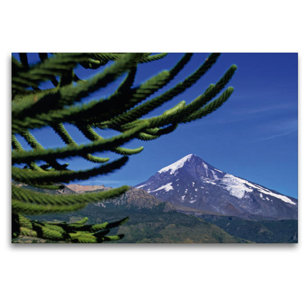 Premium Textil-Leinwand 120 cm x 80 cm quer, Der Vulkan Lanín (Neuquén) an der Grenze zu Chile | Wandbild, Bild auf Keilrahmen, Fertigbild auf echter Leinwand, Leinwanddruck - Coverbild