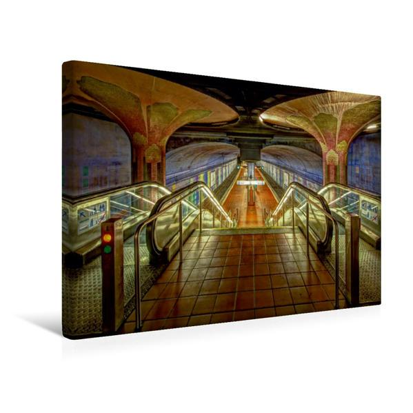 Premium Textil-Leinwand 45 cm x 30 cm quer, U-Bahn Station Westend | Wandbild, Bild auf Keilrahmen, Fertigbild auf echter Leinwand, Leinwanddruck - Coverbild