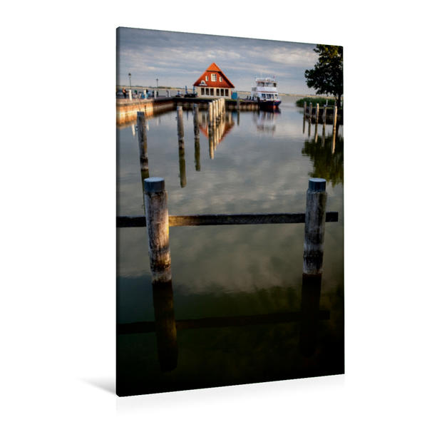Premium Textil-Leinwand 80 cm x 120 cm  hoch, Hafen in Born | Wandbild, Bild auf Keilrahmen, Fertigbild auf echter Leinwand, Leinwanddruck - Coverbild