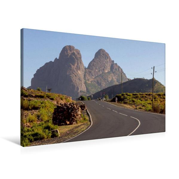 Premium Textil-Leinwand 90 cm x 60 cm quer, Adua Berge bei Axum | Wandbild, Bild auf Keilrahmen, Fertigbild auf echter Leinwand, Leinwanddruck - Coverbild