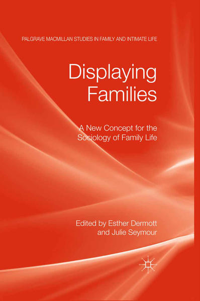 Displaying Families - Coverbild