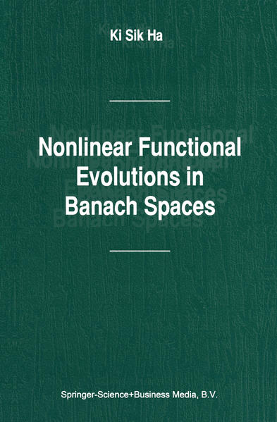 Nonlinear Functional Evolutions in Banach Spaces - Coverbild